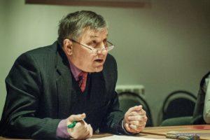 Представитель академии РХБЗ на круглом столе с Александром Шаравиным в Костроме