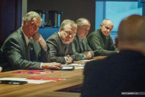 Сергей Жоркин и другие участники круглого стола с Александром Шаравиным в Костроме